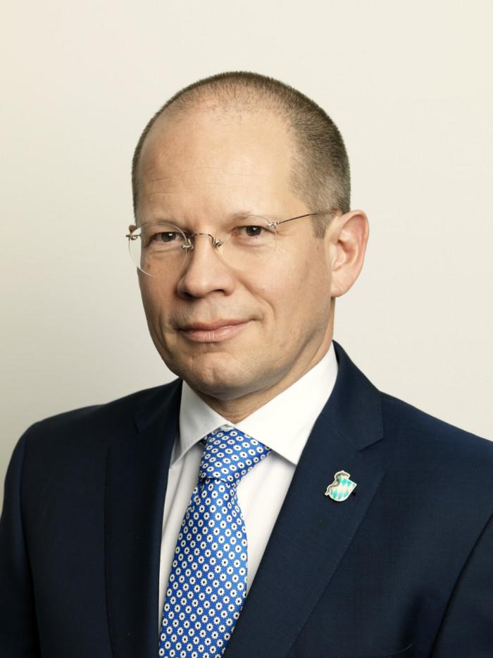 Dr. Andreas Botzlar